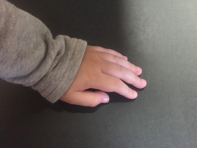 指しゃぶり